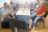"""Шефът на """"Виктори"""" М. Атанасов почерпи колегите във ВиК – Благоевград за пенсионирането си, отдава се на семейството и любимия шахмат"""