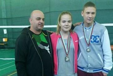 Дупнишка бадминтонистка двукратна шампионка от международен турнир