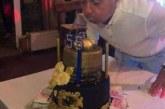 Депутатска торта с банкноти взриви скандал