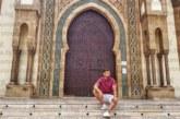 ЕКЗОТИЧНО ПЪТЕШЕСТВИЕ! Футболист от Симитли яхна камила в Мароко
