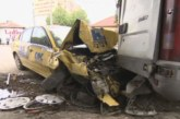 Таксиметров шофьор с отнета книжка блъсна 9 коли при гонка с полицията