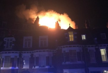 Евакуираха блок в Лондон заради голям пожар