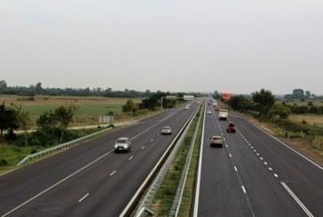 Тежка катастрофа с две жертви, спряха движението на магистралата