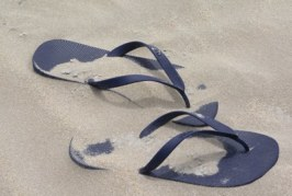 Не шофирайте с чехли и джапанки в Гърция – глобяват 50 евро