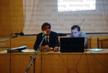 Трагикомедия или цирк! След гафа с грешното копче председателят Иво Савов сътвори нов, не пусна покана за ново заседание на ОбС, съветниците се събраха и го насрочиха за 26 юли