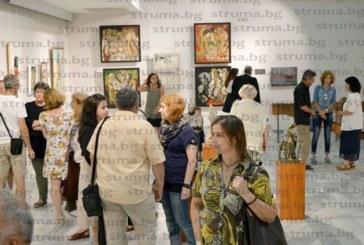 76 автори събра кюстендилската галерия в три зали