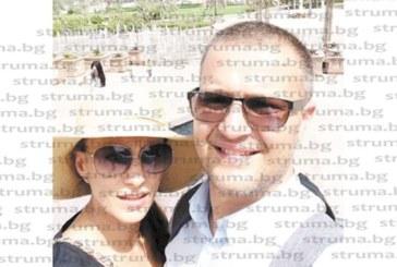 Благоевградският предприемач Георги Мавродиев  договоря сделка в Дубай, взе  за кадем съпругата си Елица
