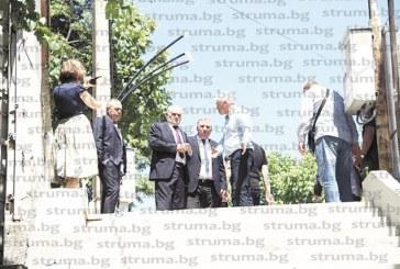 """СЛЕД ВЪПРОС НА """"СТРУМА""""! Вътрешният министър призна за проблем с """"дебели връзки"""" при назначаването на кадри в МВР"""