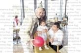 Пенсионираният ЮЗУ преподавател доц. Златко Павлов набра великолепен букет от билки специално за дъщеря си София