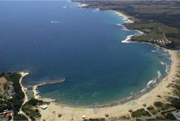 Морето взе жертва! Турист се удави край южния плаж в Китен