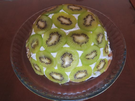 Торта с киви без печене