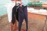 """Математическата гимназия въвежда пълна униформа, 156 новоприети ученици минаха през импровизираната """"пробна"""""""