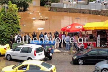 Атина под вода! Улиците се превърнаха в реки