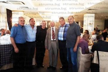 С 57-годишна цапаревска сливова от сватбата си ловец №1 Ив. Василев посрещна 180 гости за рождения си ден, веселбата се вихри 9 часа