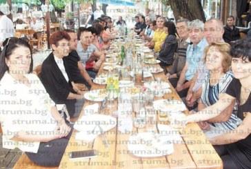 Енергетици от Кресна вдигнаха в Македония наздравици за професионалния си празник