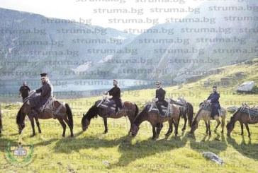 Отец Г. Паликарски поведе висши свещеници на поход с коне на 2150 м в Рила, за да отправят молитви към Св. Иван Рилски
