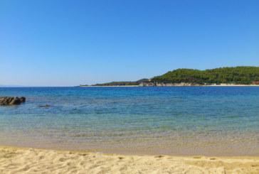 Гориво замърсява морската вода край Варна