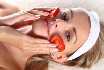 """Кожата ни """"жадува"""" за маска с домати"""