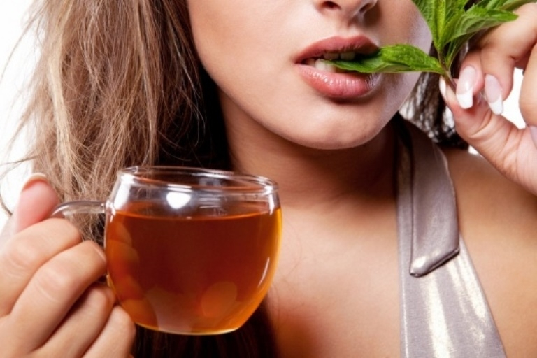 Пет природни лека срещу кървящи венци
