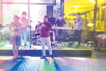 """Култовият оркестър """"Мелос"""" се включва в летните македонски вечери в хотел-парк """"Бачиново"""""""