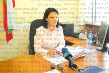 """Общинската власт в Кюстендил без промяна в имотното състояние, на нова придобивка се радва единствено шефът на минипарламента Михаела Крумова, със съпруга си купили """"Фиат Седичи"""" за 9000 лева"""