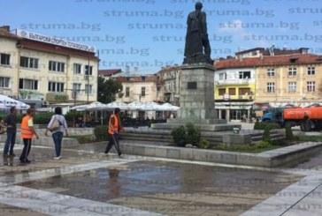 Ограничават днес движението на МПС около площада в Благоевград заради гостуването на Б. Борисов и З. Заев