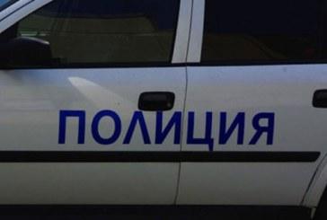 ЕКШЪН В ДУПНИШКОТО С. ДЯКОВО! След преговори, обкръжен в къща, убиец на куче се предаде на полицията