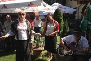 Кюстендилци се събраха под Хисарлъка за годишнина от създаването на Дружество на българо-съветската дружба