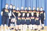 Волейболен треньор от Сандански порязан от съдиите в Канада начело на отбор местни девойки