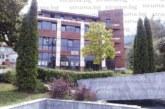 """Ексшефът на """"Енергоремонт"""" К. Зарев строи хотел до частния Спешен център в Сапарева баня на съдружника си д-р Е. Лефтеров"""