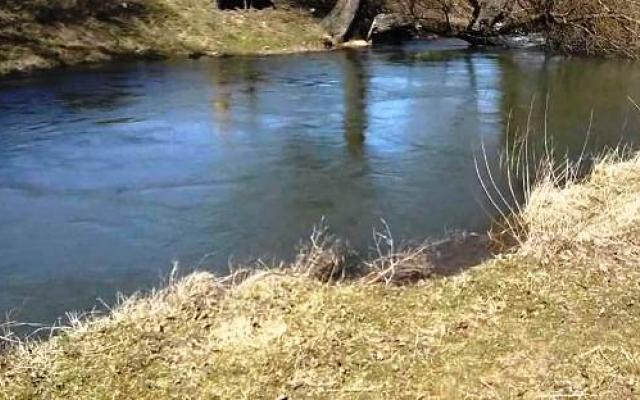 Река Малък Искър променя цвета си!