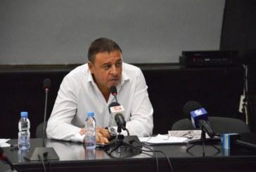 Кметът Камбитов: Абсолютно всички проекти, по които работим в момента, ще бъдат завършени са в срок