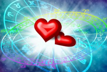 Любовен хороскоп за септември! Проблеми ще разбият връзката на 2 зодии