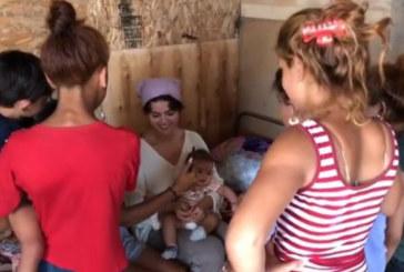 Холивудската звезда Селена Гомес в столично ромско гето