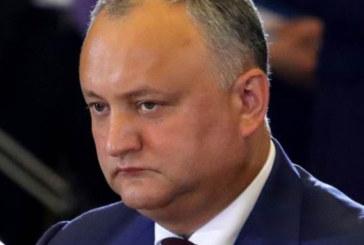 Президентът на Молдова на косъм от смъртта след зверска катастрофа