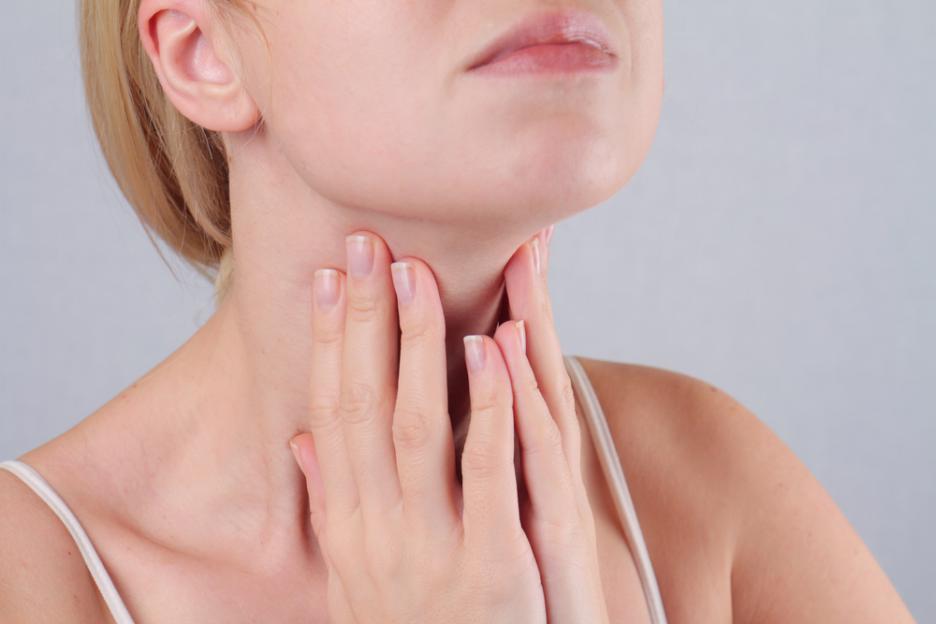 Щитовидната жлеза се обажда! Ето ги 9-те признака, че имаш проблем