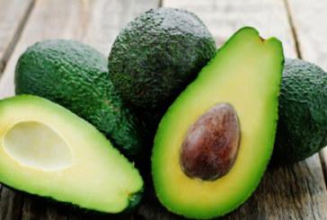 Преборете завинаги пърхота с авокадо