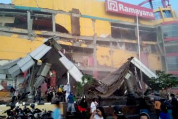 Адът слезе в Индонезия! Улиците пълни с трупове след разрушителното земетресение