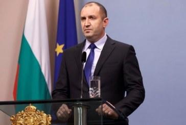 Румен Радев: Оставките не са решение, а бягство от отговорност