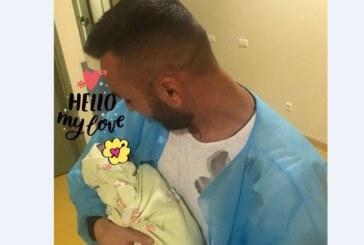 Животът се реваншира! След смъртта на нероденото му дете, бивш футболен национал се радва на здраво момиченце