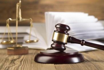 Обвиняем за използване на документи с невярно съдържание изправен на подсъдимата скамейка по обвинителен акт на Районна прокуратура – Петрич