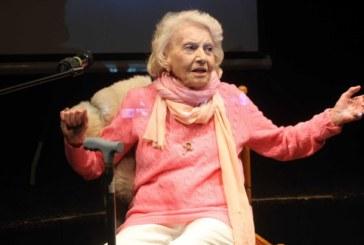 Поклонението пред Росица Данаилова ще е в Народния театър