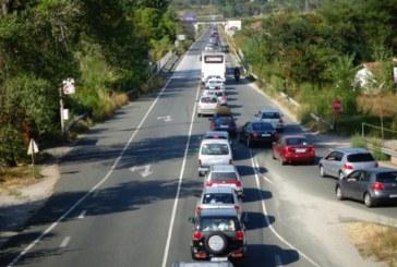 Натоварен трафик по Е-79, тапа край Симитли