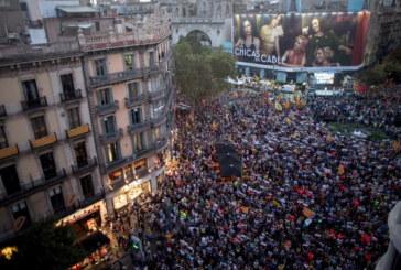 Сблъсъци между сепаратисти и полицията в Барселона