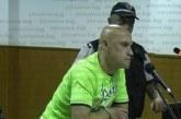 Убиецът на кюстендилската сарафка Б. Манолов се жали, че в затвора го лишили от печени чушки, пържолки и орехи, иска 46000 лева обезщетение