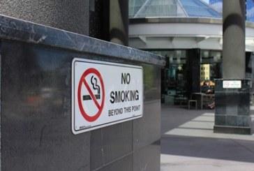Депутатите решиха! Забраната за пушене в заведения остава