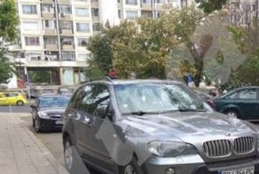 """Ето го джипа, натъпкан с пари, в който са арестувани още трима по делото """"Арабаджиеви"""" /СНИМКИ/"""