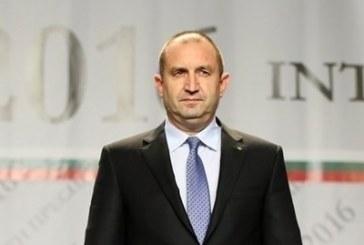 Президентът подписва указа за Младен Маринов, като се върне от Латвия