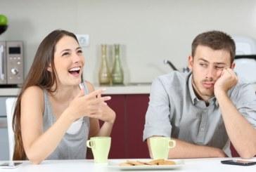 Вижте женските навици, които дразнят мъжете