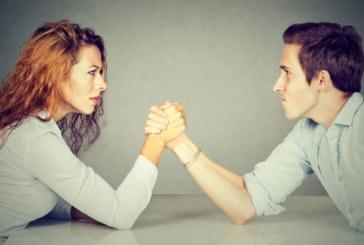 Как да се справите със завистливия колега
